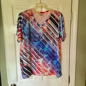New 22/24W Tropical Print Tee Embellished Stretchy